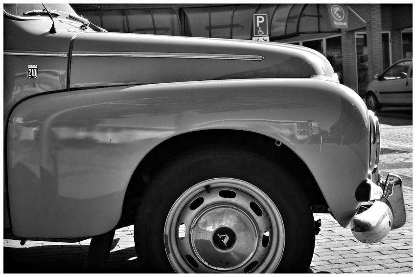 Volvo 210 Volvo Classic Car Blackandwhite Blackandwhite Photography Blackandwhitephotography Blackandwhitephoto Black And White Black And White Photography EyeEm Best Shots - Black + White Tire Land Vehicle Car Close-up