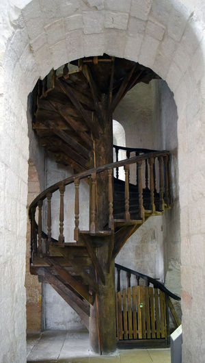 Spiral Staircase Staircase Wooden Historical Building Ancient Architecture Architecture Built Structure Arch No People Building Indoors  Day Railing Steps And Staircases Old Architectural Column Wall - Building Feature The Past Spiral Wall History Entrance Arched Architecture_collection Exterior Design