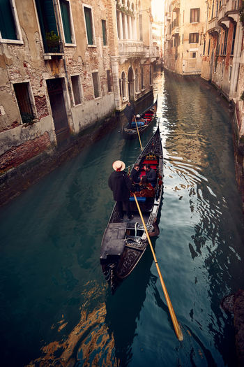 Gondola Canal Cultures Gondola - Traditional Boat Gondolier Nautical Vessel Outdoors People Rowing Scenics Tourism Travel Travel Destinations Vacations Venezia Venice Venice, Italy Venise