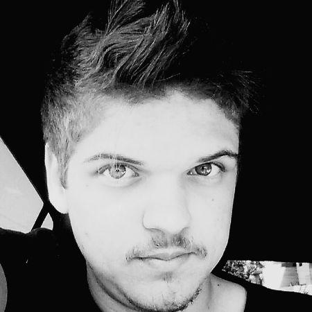 Selfie Selfie Portrait Selfietime My BW Self Mohican Blonde Hair Blackandwhite EyeEm Best Shots - Black + White EyeEm Bnw Eyeem Selfie