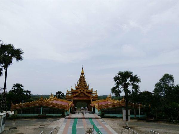 Buddhism Travel Photography Pagoda International Landmark India_clicks Buddha Statue Famous Landmarks Buddhism Temple Ornate Design Buddhism Culture Famous Places