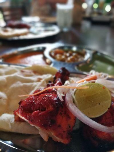 Foodporn TandooriChicken Indiancuisine Lunch Time! Bokeh Photography Bokeheffect Juicychicken Tenderness Fullofflavor Enjoying A Meal HuaweiP9