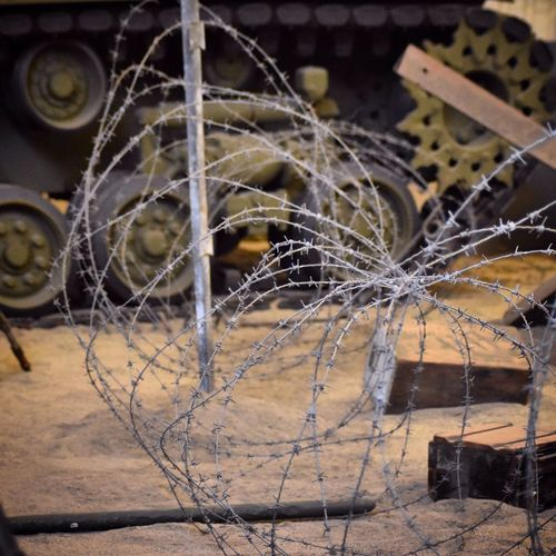 Warzone Military Steel Barbed Wire Sand Dust Tank Field Defence Army Protection Duty Capture The Moment
