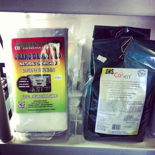 We also have CO2 pads and bags. Pad does up to 800 sq ft and lasts 2 weeks. Bags do a 4ft x 4ft area for up to 6 months. Surelygrow Hydroponics Hydroculture Soil co2 greenpad sns plants gardening growing breathe