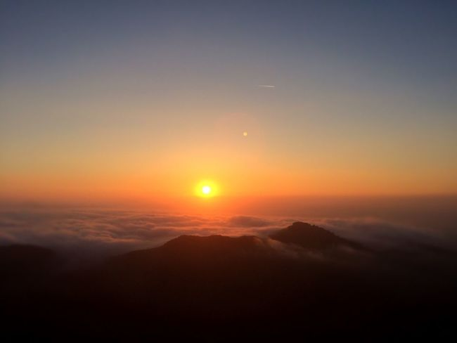 Sunset Sun Nature Sky Cloud Tranquil Scene Mountain Landscape Majestic No People Outdoors Relaxing Beauty In Nature Tranquility