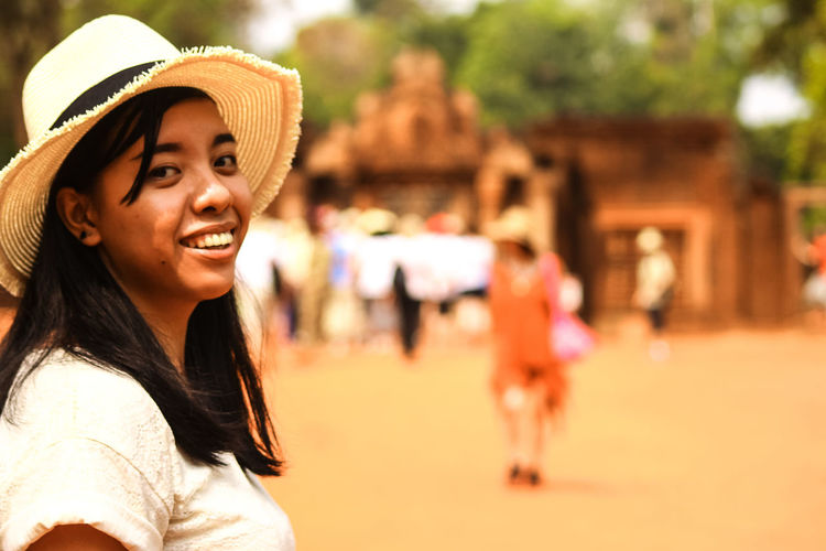 Beautiful People Beauty Women Happiness Smiling Cheerful Adult Portrait Young Adult Females Fun Lifestyles Summer People Vacations Siem Reap, Cambodia Tourist Tourist Attraction  Summer Trip Crowd