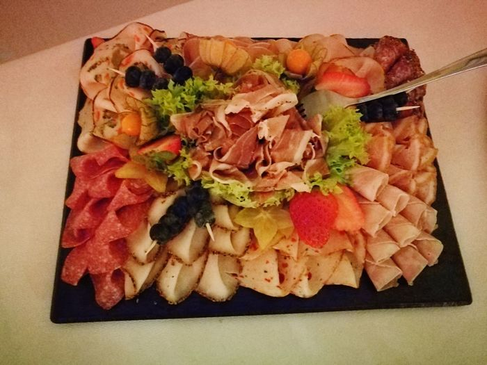 Schlemmern Appetizer Italian Food Meat Plate Food And Drink Prosciutto Salami Olive Pepperoni Pizza Black Olive