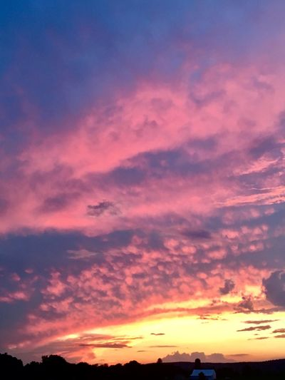 Sunset Cloud - Sky Sky Beauty In Nature Orange Color Scenics - Nature Tranquility Nature Cloudscape Atmospheric Mood Dramatic Sky Dusk Idyllic Tranquil Scene Outdoors