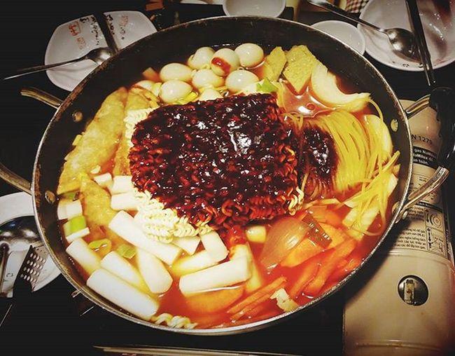 Yummy yummy 🍴🍴🍴🍲🍲 KimchiKimchi Tokkpokki Korean Dinnertime