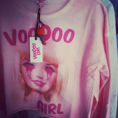 Barbiesweater by Voodoogirl now at FKIDS Hamburg or online at www.fkids-are-older.de
