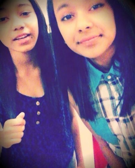Cuzzo ! ^o^ Shes Tha Only One That Can Make Me Smile Through Anything (';