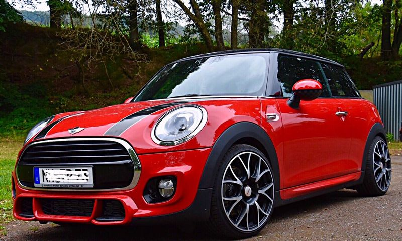This Is Not A Fire Engine Transportation Car Mode Of Transport Road Porsche Hunters 🚀 In This Beautiful Place Transportation Fine Art Photography Eye4photography  Eyemphotography Nikonphotographer Cars Mini Cooper Generations Mini Cooper Mini Cooper JCW The Drive