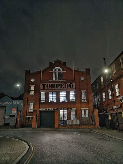 TORPEDO BUILDING, PARK ROYAL Industrial District Huawei P20 Pro Huwaei Photography London Nightphotography England HUAWEI Photo Award: After Dark Business Finance And Industry Architecture Huaweiphotography Park Royal TORPEDO BUILDING Politics And Government Illuminated Prison City Architecture Building Exterior Sky Street Art Office Building Residential Structure Historic Finance And Economy