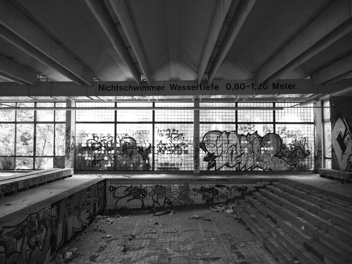 Abandoned Light And Shadow Urban Decay From My Point Of View Streetphotography Graffiti Art Graffiti Abandoned Buildings Abandoned Places Perspective Urban Reflections Urban Geometry Eye4photography  Black And White Blackandwhite Black & White Ruinenlust