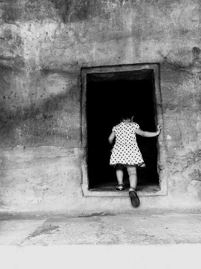 Check This Out Model Modelling Entrance Entering Caves Caves Photography Kidsphotography Loving Life! Beautiful Moments Moments Yashs Prishasingla EyeEm Selects