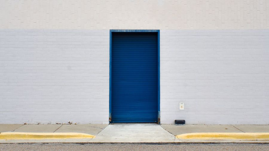 A bit minimal (instagram: @iamjosway) Built Structure Architecture Shutter Blue No People Outdoors Yellow Day Building Exterior Detroit Tokyo London Minimalism Minimal Minimalist Architecture Street Street Photography Streetphotography Blue Visual Creativity The Street Photographer - 2018 EyeEm Awards The Architect - 2018 EyeEm Awards My Best Photo