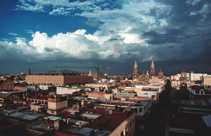 Architecture City Roof Sky Town TOWNSCAPE Day Cloudy Cloud Outdoors Gdl Mexico Mexico_maravilloso Agameoftones Agameoftones Scapeland Streetphotography Street Nikonphotography Nikonphotographer Nikon D7100 NikonLife Nikontop Downtown Church