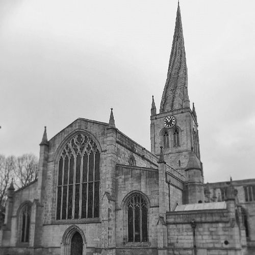 Twisted Sunnyday Chesterfield Architecture Derbyshire Wood Historical Old Noclouds Blackandwhite Unitedkingdom Church Crooked Glass Veryold Stone 14thcentury History Listedbuilding Black Crookedspire Spire  Parishchurch Uk Stmaryandallsaints Lead Unseasonedtimber England Tenbells Twisted