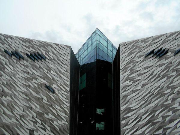 Architecture Built Structure Outdoors No People Modern Sky Day Titanic Museum Belfast Nordirland Großbritannien Northireland The Week On EyeEm Your Ticket To Europe EyeEmNewHere Architecture City