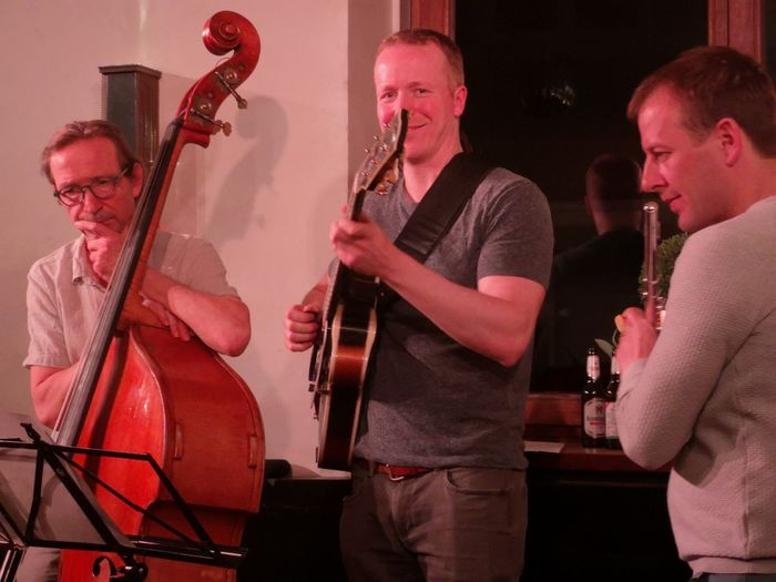 Real live jazz, ABS Cologne for free, since 10 years Eyeem Cologne Eyeem Music Musician Jazz Music Nightclub Togetherness Music Performance Playing Men Arts Culture And Entertainment Nightlife