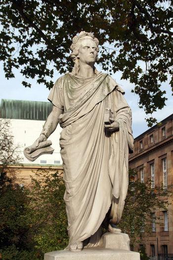 Friedrich Schiller statue at the opera in Stuttgart Famous Friedrich Schiller Genie Poet Schiller Sculpture Spirituality Statue Stuttgart Theaterlovers Writer