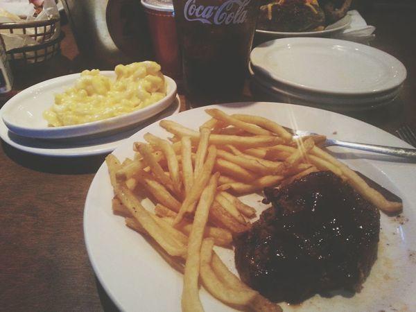 Mmm :) Yummyinmytummy Yeauh
