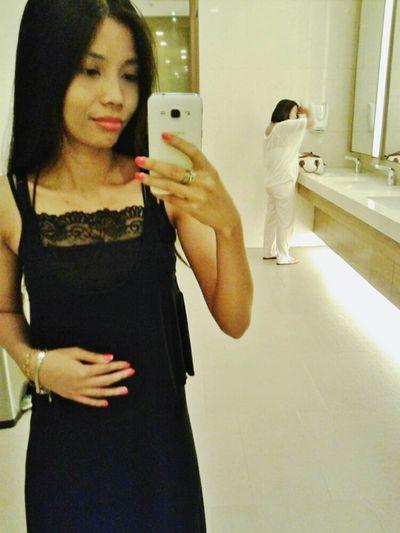 Hi! Its Me Taking Photos Selfiemirror Peace ✌ Simply Me Natural Beauty Nice View Vanity Simplicity