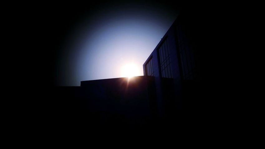 Sunny Day Sunshine Sunny Hiding Sun Bright Sun Light