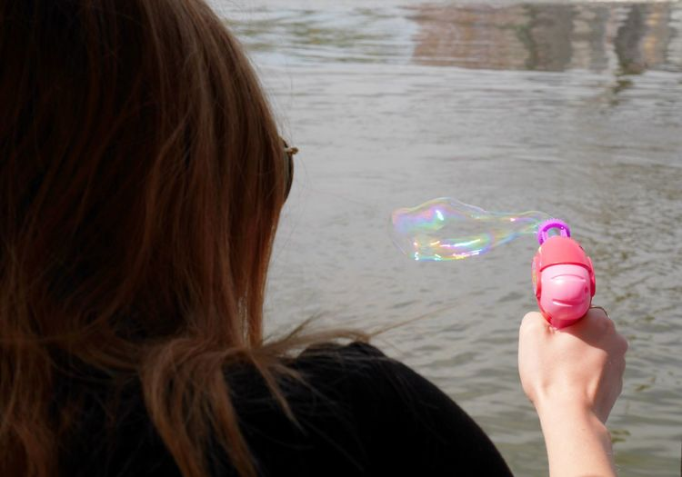 The Bubble Gun Neon Life Feel The Journey BYOPaper! TakeoverContrast Sommergefühle Millennial Pink Breathing Space Light And Shadow Peace Peoplephotography Summer Views Enjoy The New Normal Unrecognizable Person Neighborhood Map What Does Peace Look Like To You? On The Way Adventure Club Showcase July Athleisure Embrace Urban Life Adapted To The City The Street Photographer - 2017 EyeEm Awards Mix Yourself A Good Time Rethink Things Be. Ready. Colour Your Horizn Stories From The City Visual Creativity Summer Exploratorium #FREIHEITBERLIN The Street Photographer - 2018 EyeEm Awards Moments Of Happiness