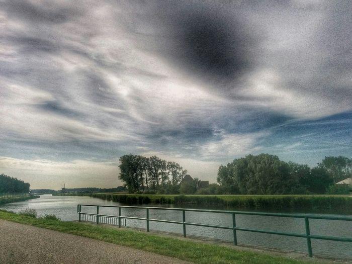 Oneindig Noord-Holland Oneindig Noord-Holland