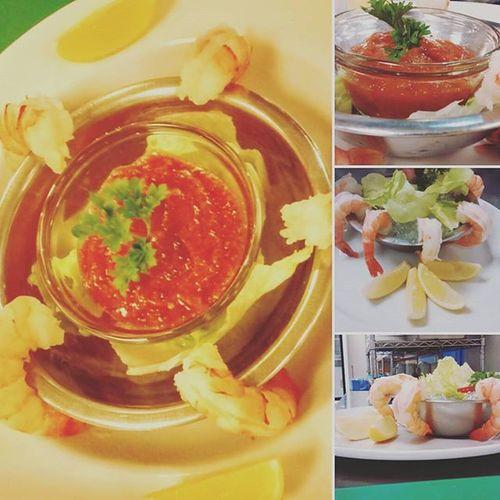 ~shrimp cocktail~ mmm so good! Shrimp Good Cocktail Kingsrimp Food Seagood Withmychefpantson Sauce