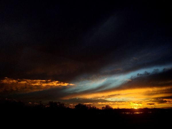 Nature Dark Sky Sunset No People Beauty In Nature Sunset_collection Sunset And Clouds  Cloud - Sky Sky And Clouds Colors Nature Photography Sun