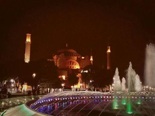 Istanbul Summer ☀ Trippin' Wonders