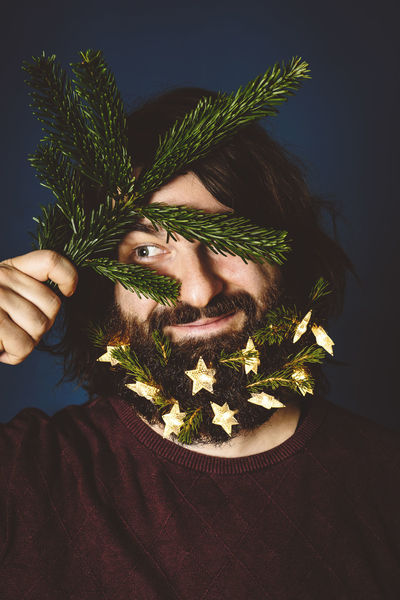 bright and beardy christmas Christmas HolidayMarketing Lights Merry Christmas! Beard Beard Decoratio Christmas Decoration Christmas Tree Close-up Human Hand One Person People Portrait Selfportrait Young Adult Fresh On Market 2018