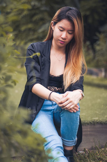 Enjoying the great outdoors Fashion Singapore The Great Outdoors - 2017 EyeEm Awards Day Lifestyles Model Outdoors Portrait Real People Wild Young Adult Young Women