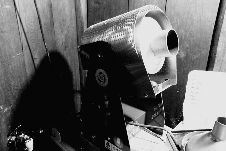 Coffee Time Coffeehouse Coffee Break Coffee Black And White Roaster コーヒーロースター、焙煎器ですね