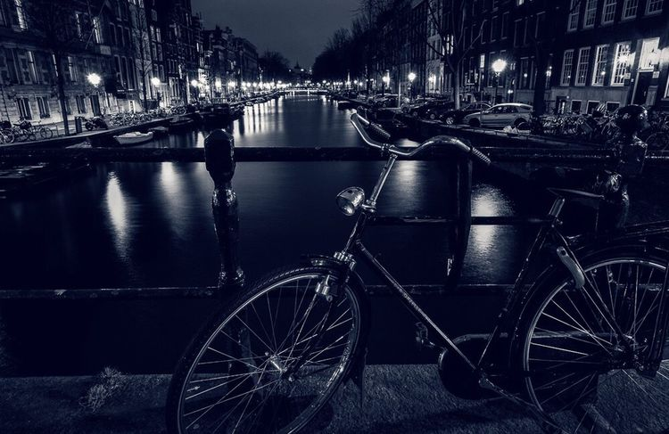 Amsterdam (: Taking Photos