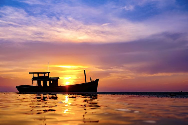 Sunset Sky Water Nautical Vessel Sea Transportation Mode Of Transportation Cloud - Sky Scenics - Nature Orange Color Beauty In Nature Waterfront Horizon Over Water Tranquil Scene No People Nature Idyllic Horizon Silhouette Outdoors