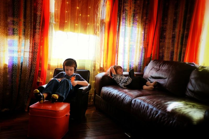 Lazy Sunday... How long will their quite last? Kids Being Kids Everyday Lives Home Sweet Home Interior Design Portrait Of A Friend Darkness And Light The Rule Of Thirds