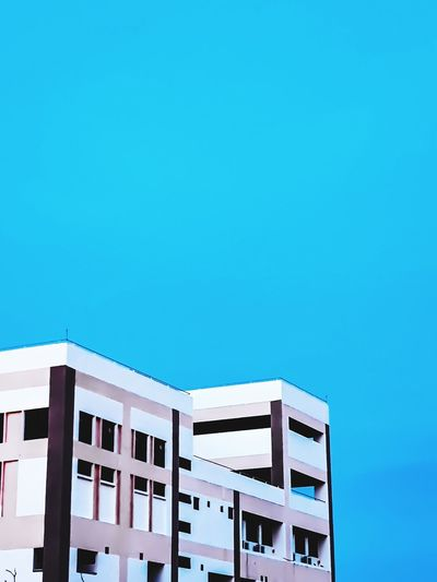 Vibes City Vibe View Bright Clear Sky Swimming Pool Sky Architecture Building Exterior Built Structure Calm Lighthouse Office Building