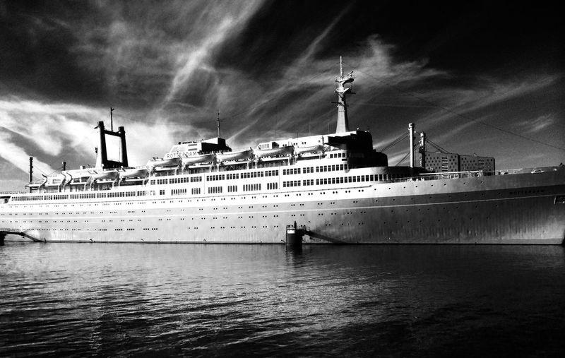 SSRotterdam Rotterdam Ship Water River Blackandwhite IPhoneography