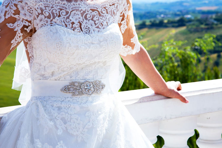 Wedding Bride Wedding Dress Life Events Outdoors Celebration Wedding Ceremony Close-up Detail Details Focus On Foreground White White Dress Fashion Fashion Photography Wedding Wedding Photography Wedding Day Lace Lace Dress Jwellery