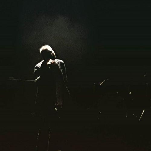 Just look at that tall human-shaped bundle of melancholy. Tindersticks Live Concert Stuartstaples