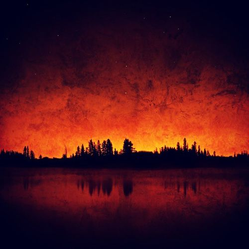 At what point do you start believing in heaven? Travel Vacation Nature Sky sun lake sunrise twilight skylovers skypainters mothernature ladd00 wilderness canada explorecanada travelcanada prairielife prairies prairieskies landoflivingskies Saskatchewan sask exploresask meandcanada