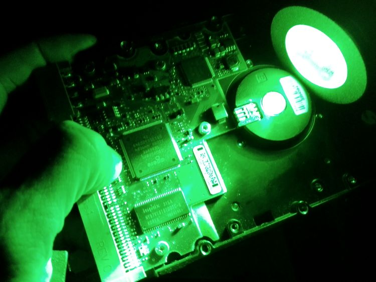 Close Up Technology Vert Circuit Board Computer Chip Industry Green Color Close-up Freestyle Human Body Part Technology Panne Deconstruction