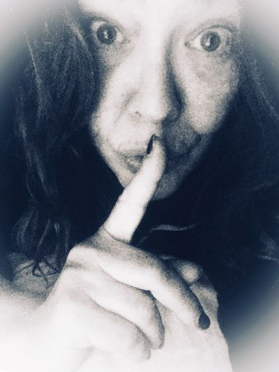 Shhhh... sono diventata più grande e non l'ho detto a nessuno!!... però qualcuno lo sapeva..😂😂 Afterbirthday Real People One Person Front View Indoors  Looking At Camera Portrait Lifestyles Young Women Human Face Finger On Lips Human Hand Young Adult