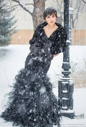 Coloradosnow Winterwonderland Fashion Photography Pixiecut