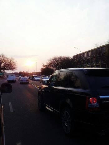 Learn & Shoot: Leading Lines Traffic Sunset Silhouettes Welcome To My City  Range Rover Sport Cars