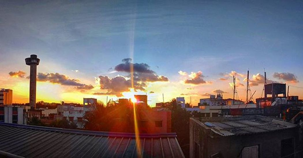 Sunset from my roof... Redmi2Prime Mi Evening Sunset Clouds Goldenhour Skyline Watertank Sunflare Roof Stuckathome Dont_read_my_tags_chandrashila Highcontrast Too_tired_to_sleep Panorama Googlecamera Snapseededit