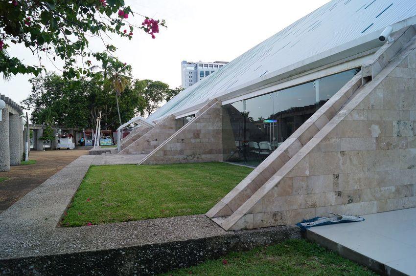 #grass #park #parque Thomas Garrido Architecture Building Exterior Built Structure Day Modern Outdoors